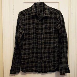 Uniqlo Gray +Black Plaid Button Down Men's Medium